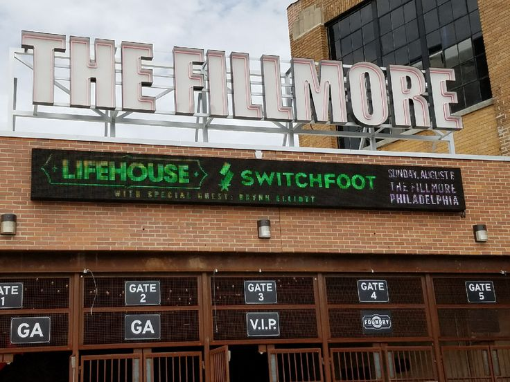 "CONCERT REVIEW:  Lifehouse and Switchfoot ""Looking For Summer"" Tour 8/6/17 - The Fillmore (Philadelphia, Pennsylvania)"