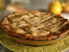 Paula Haney of Chicago's Hoosier Mama Pie Company shared this crust recipe with Little Big Town's Kimberly Schlapman on