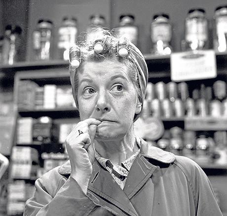 Hilda Ogden - Coronation Street  omg I loved their story lines lol