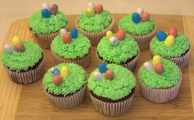 easter basket cupcakes by beaumontpete, via Flickr