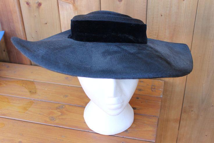 Vintage Ladies' Fabulous 1950s Audrey Hepburn Glam Hollywood Black Straw Tricorn…