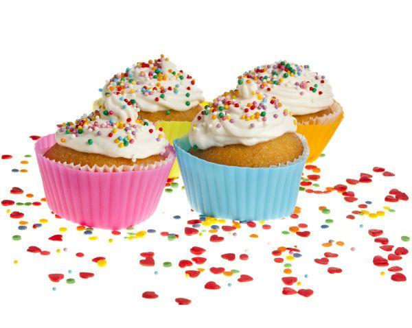 Πολύχρωμα cupcakes βανίλιας