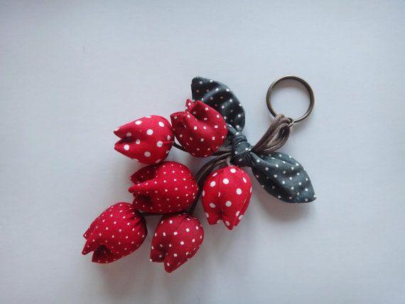 Flower Keychain, Tulip Keychain, key fob, flower keychain, red flower
