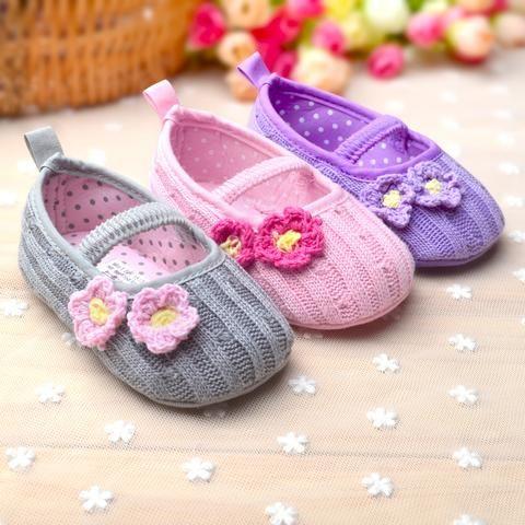 Crochet Flower Girls Shoes