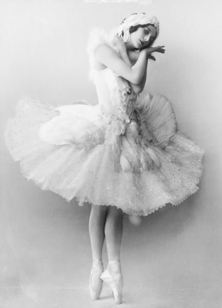 Anna Pavlova as the Dying Swan.  Beautiful.
