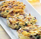 Een lekker gerecht: groente rösti  met gegrilde zalm of een eenpansgerecht met snijboontjes. Makkelijk te maken en snel op tafel.  Een recept van een heerlijke trifle  voor na.