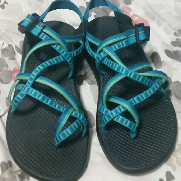 Womens Chacos Strappy chocos that are mostly blue with hints of green.  I tried them in once they they did not fit.  I still have to originally box and everything. Chacos Shoes Sandals