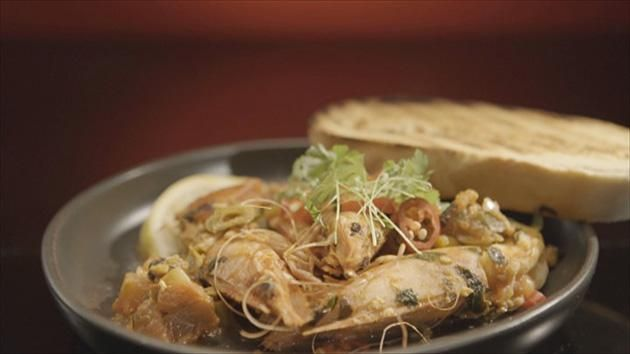 Spicy Prawns with Crusty Bread recipe by Lama and Sarah. #MKR #LamaSarah #Entree