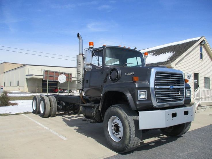 1995 Ford L9000 Cab and Chassis Trucks for Sale | Fastline