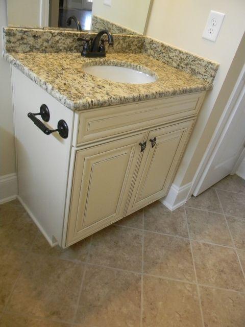 Timberlake Cabinets Sierra Vista Hazelnut Glaze, Dal Tile Fidenza Cafe, Santa Cecilia Granite, Delta Windemere Venetian Bronze faucet
