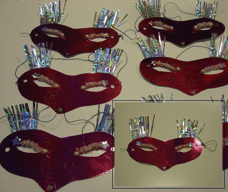 DIY eenvoudige maskertjes,blinker wimpers en wenkbrauwen met pareltjes glitter vosjes