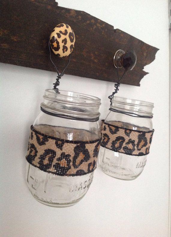 Best 25 leopard bedroom ideas only on pinterest leopard for Cheetah bathroom ideas