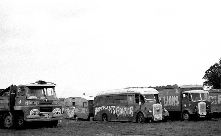 Hoffman's Circus NHA473 1950 Leyland PS2/3 Burlingham built as C33F originally Gliderways, Birmingham on Hurst Park, East Molesey