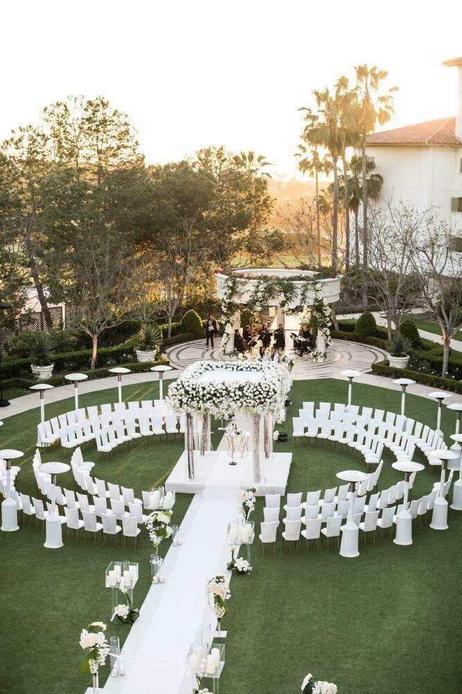 Bezaubernde weiße Hochzeit in Kalifornien im Mona…