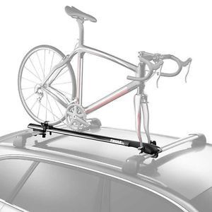 *THIS ITEM IS ONLY AVAILABLE FOR IN-STORE PICK UP. With a sleek, low-profile design, this Thule fork-mount bike carrier is a convenient way to transport your bike on top of your vehicle. Specs - Weigh