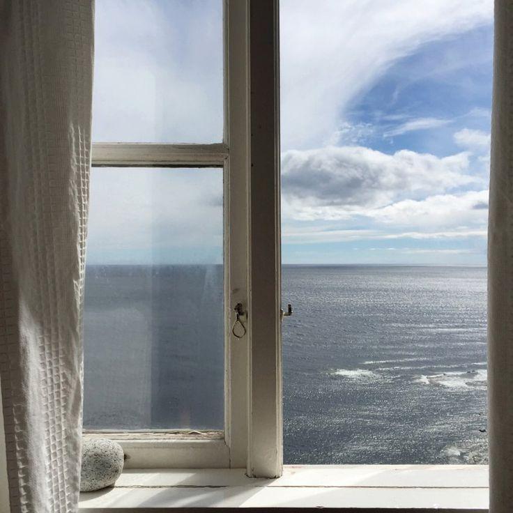 Aus dem Fenster der Unterkunft im  Leuchtturmhaus auf der schwedischen Insel...