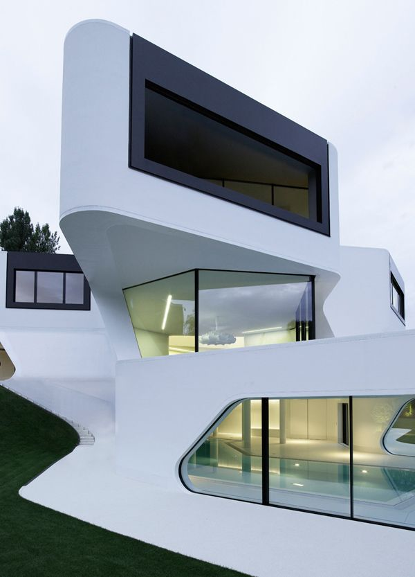 Unique modern villa in Germany. Reminds me of a yacht