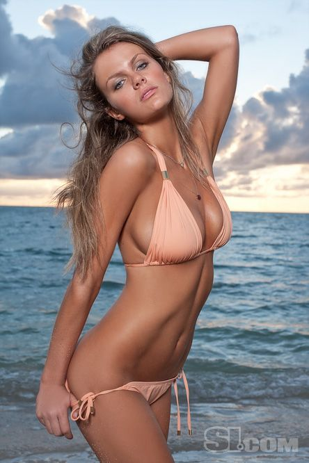 Brooklyn Decker - 2009 Sports Illustrated Swimsuit Edition - SI.com