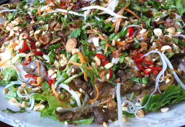 This is very similar to something i just ate but mine had no nuts, rice or noodles. Amazing perhaps enough so I will try to make it. Warm Vietnamese beef salad | Ottolenghi