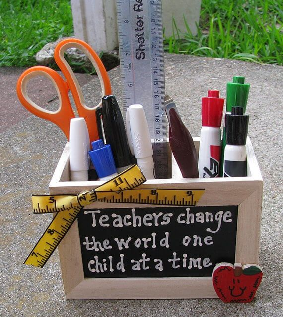 Teacher pencil holder - great Teacher gift for end of the year or teacher appreciation day