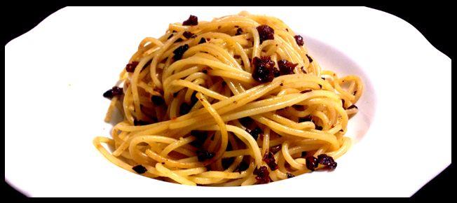 Spaghetti al pomodoro secco