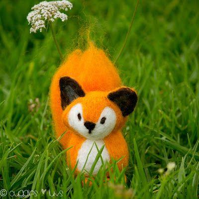 Cuggles & Luvs: Needle-felted Fox