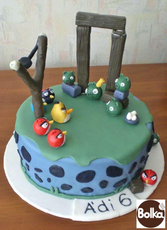 Decorated cake/dísztorta (Angry birds)