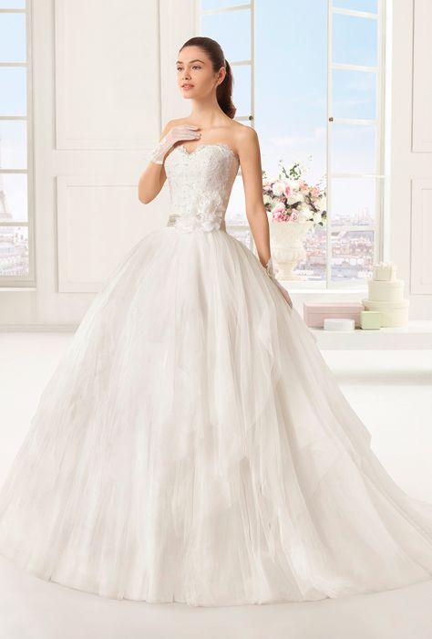 Rosal by Rosa Clara Robe romantique bustier en coeur #rosaclara #metz #mariage #marionsnous #robedemariee #onvasedireoui