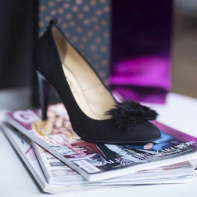 Co powiecie na elegancję z pazurem? 😺💕 🔎: FD389X-1-NUB #shoes #shoestagram #instashoes #shoesinsta #lankars #kraków #cracow #heels #highheels #stilettos #black #bleather #woman #sexy #high #beautiful #magazines #fashion #classic #classy #instagood #party #fashioninsta #style #glam