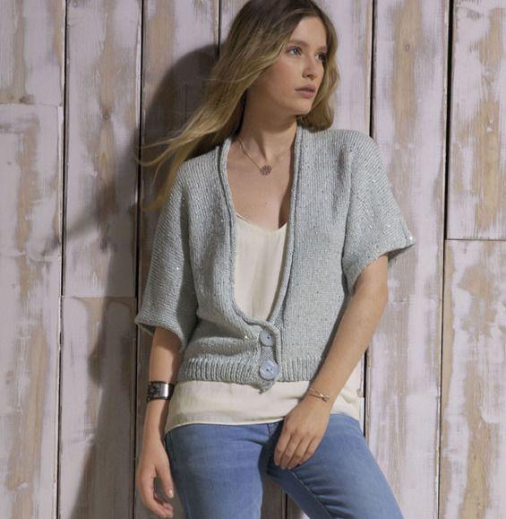 best 25 gilet court femme ideas on pinterest tricot femme gilet court and gilet laine femme. Black Bedroom Furniture Sets. Home Design Ideas