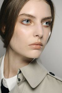Update your make-up for fall in 4 steps: http://cafecosmetique.com/herfstmake/