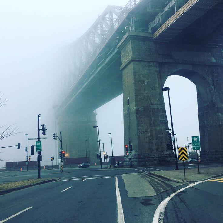 Pont Jacques cartier bridge! Magnifique #jacquescartier #pont #bridge #fog #brouillard #mtl #montreal #lolarosa #pontjacquescartier #weather
