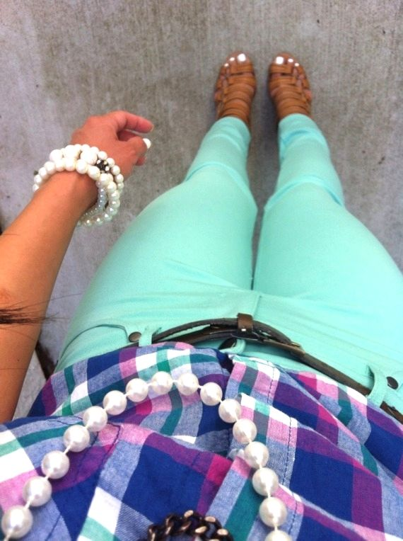 mint skinny pants, purple/pink/navy plaid button down, belt, nude sandals, pearl necklace/bracelets