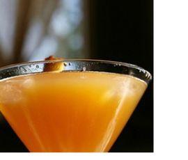 Rezept Sekt-Cocktail mit Pfirsich von LiselottevonKnotte - Rezept der Kategorie Getränke