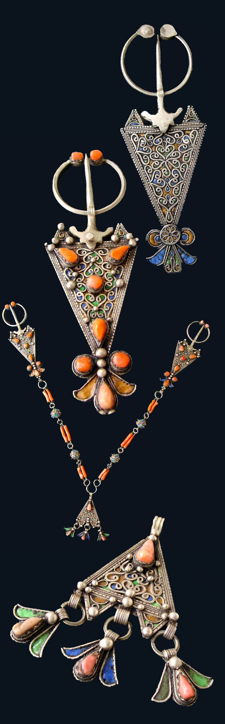 Fibua necklace / pectoral; silver, enamel and coral | 1'570$ sold   ||| Source; http://www.ebay.co.uk/itm/Long-Antique-Berber-FIBULA-Necklace-Collar-Silver-Enamel-Corals-19TH-Century-/141376185372