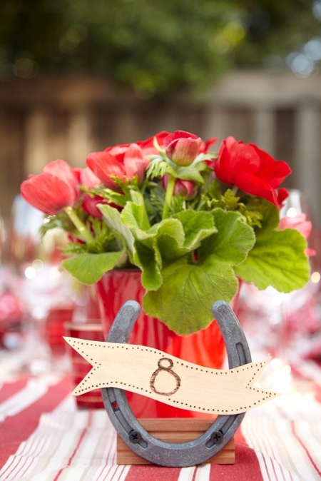 redFun Details, Rehearsal Dinners, Hors Shoes, Rehearal Dinner, Lucky Flower, Tables Numbers Hors, Events Planners, Horseshoes, Event Planners
