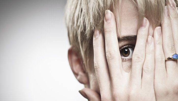 Η ΑΠΟΚΑΛΥΨΗ ΤΟΥ ΕΝΑΤΟΥ ΚΥΜΑΤΟΣ: Τραύμα ταπείνωσης - ντροπής