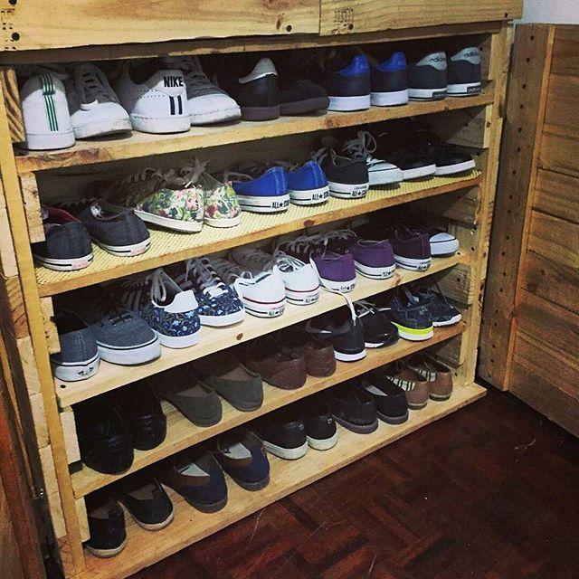 M s de 25 ideas fant sticas sobre organizaci n zapatera en for Disenos de zapateros en madera