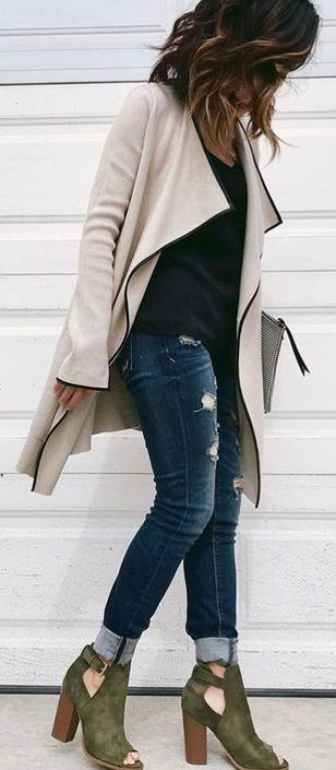 cream coat, basic black top, distressed jeans, statement hunter green booties   skirttheceiling.com