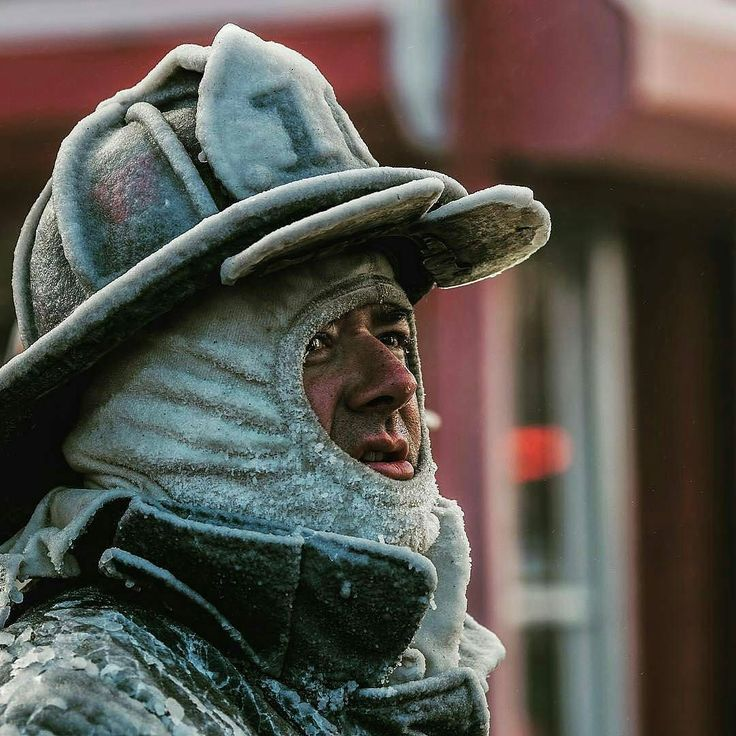 FEATURED POST  @markchera -  Frozen Boston Captain at Charlestown 6th alarm Copyright @firefightingphotography John Cetrino #BostonFire . . . . . TAG A FRIEND! http://ift.tt/2aftxS9 . Facebook- chiefmiller1 Periscope -chief_miller Tumbr- chief-miller Twitter - chief_miller YouTube- chief miller  Use #chiefmiller in your post! .  #firetruck #firedepartment #fireman #firefighters #ems #kcco  #flashover #firefighting #paramedic #firehouse #firstresponders #firedept  #feuerwehr #crossfit…