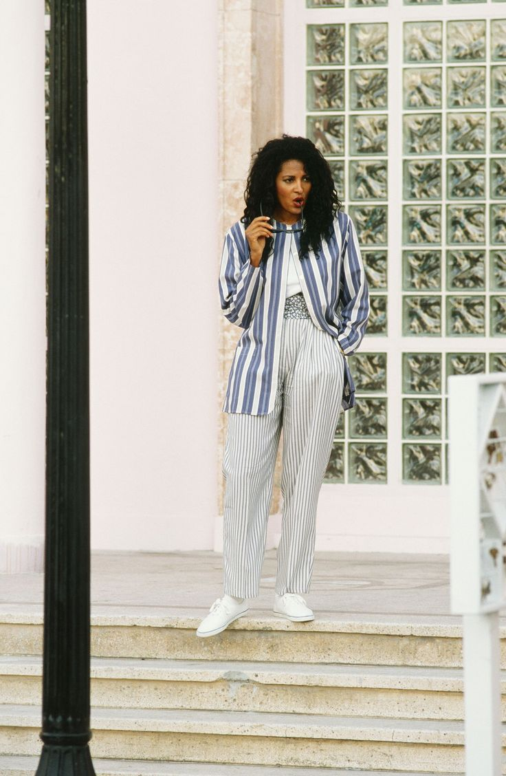 Revisiting the Iconic '70s Style of Pam Grier
