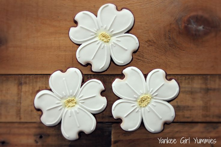 Dogwood flower cookies. Yankee Girl Yummies