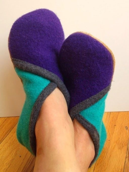 Upcycled Sweater Slippers - CROSSOVER - PDF Sewing Pattern - Sewing Patterns at Makerist
