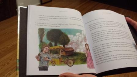 Este livro é dedicado a todas as crianças que sonham acordadas e que em cada sorriso permaneça uma janela aberta de esperança,