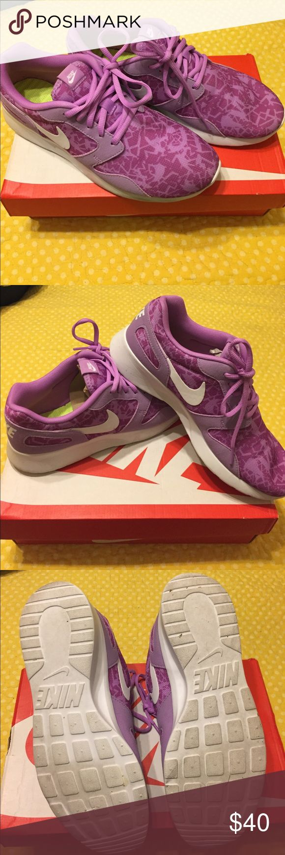Lilac Nike Kaishi Print USED Authentic, purchased at Bealls. Women's size 9.5 used 5-6 times, very good condition. True to size. Selling because I need to downsize of tennis shoe collection to buy more :) Nike box included. open to reasonable offers, no trades Nike Shoes Athletic Shoes