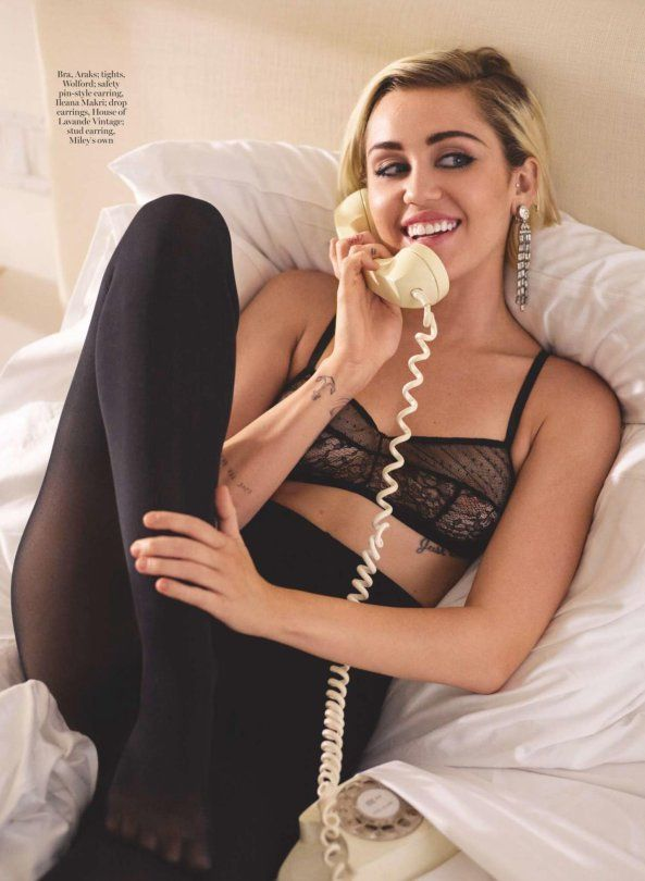 Miley Cyrus MARIE CLAIRE UK MAGAZINE (JANUARY 2016)