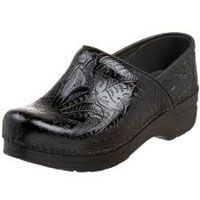 how do you find prices for these shoes? | Black Leather Dansko Clearance Clog