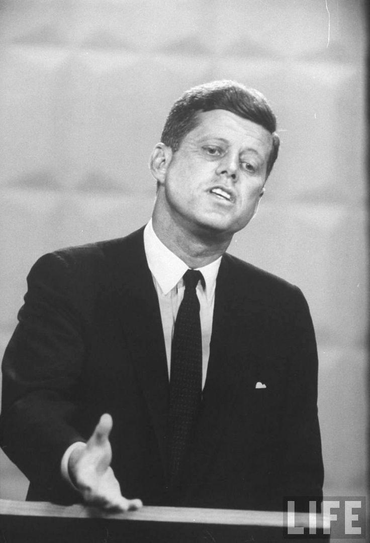 John F. Kennedy during 1st TV debate. Location:Chicago, IL, US Date taken:September 1960 Photographer:Paul Schutzer ❤❤❤❤❤❤ http://en.wikipedia.org/wiki/United_States_presidential_election,_1960  http://en.wikipedia.org/wiki/John_F._Kennedy