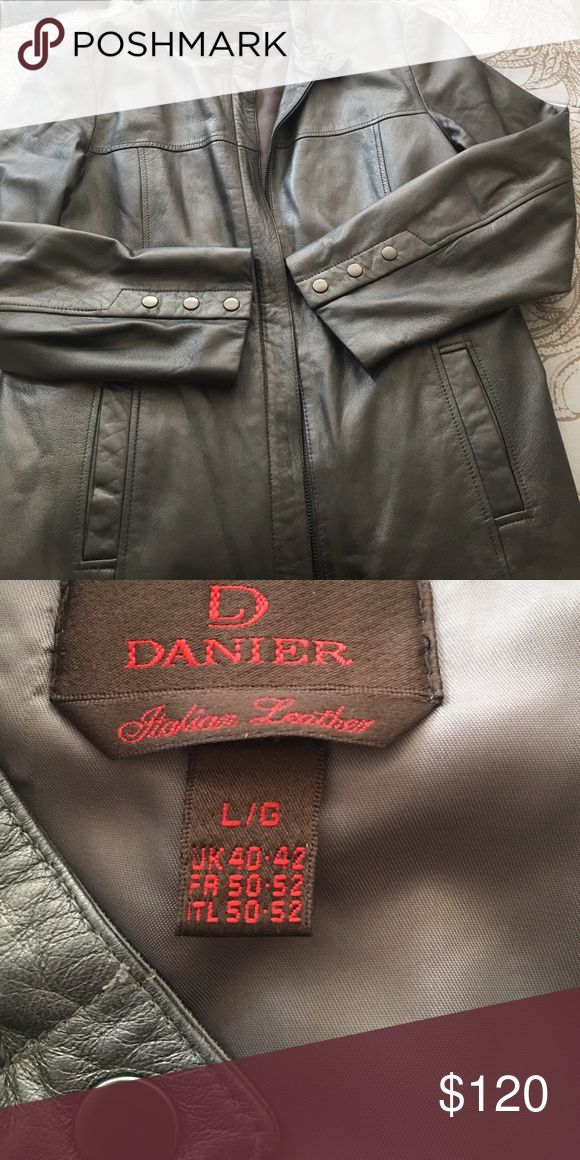 Women's Italian Leather Jacket by Danier Leather Highest quality Italian Leather Jacket, stylish, flattering, comfortable, and classic, in excellent condition DANIER Italian Leather Jackets & Coats Blazers