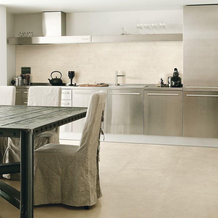 Crema marfil (keramische) marmer vloertegels 60x60 met zijdeglans. Ook verkrijgbaar in 80x80, 30x60, 15x60 en gepolijste uitvoering (48), Tegelhuys